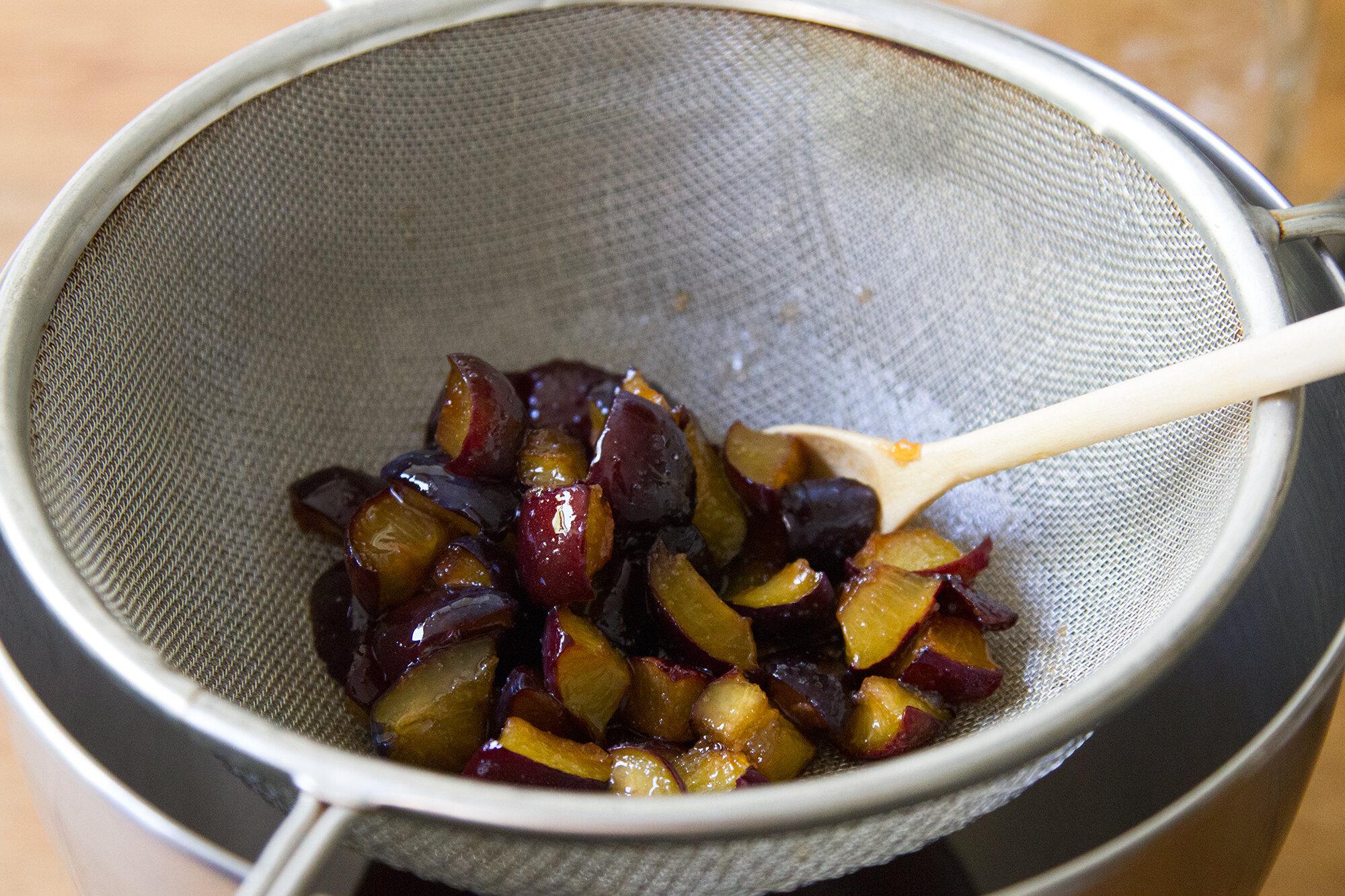 plum shrub | reading my tea leaves