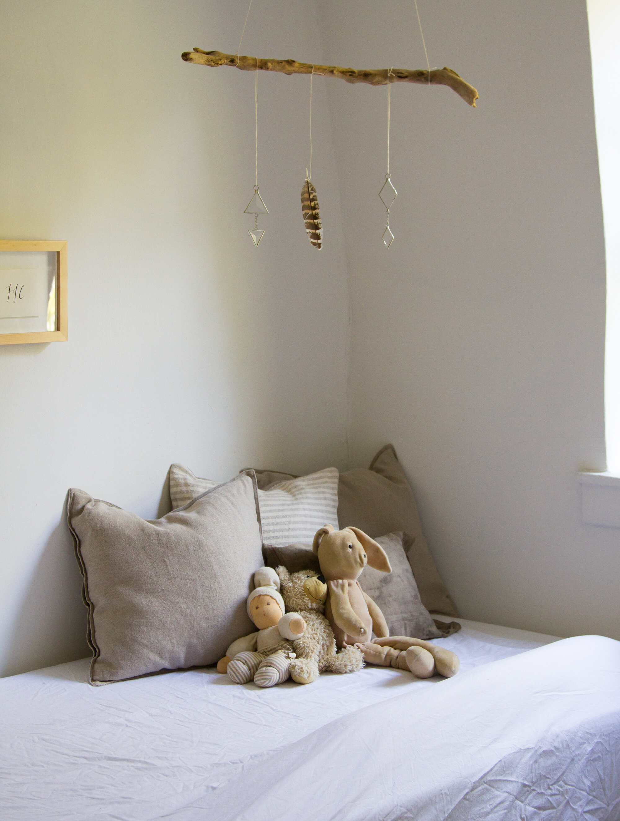 toddler bed | life in a tiny apartment | reading my tea leaves