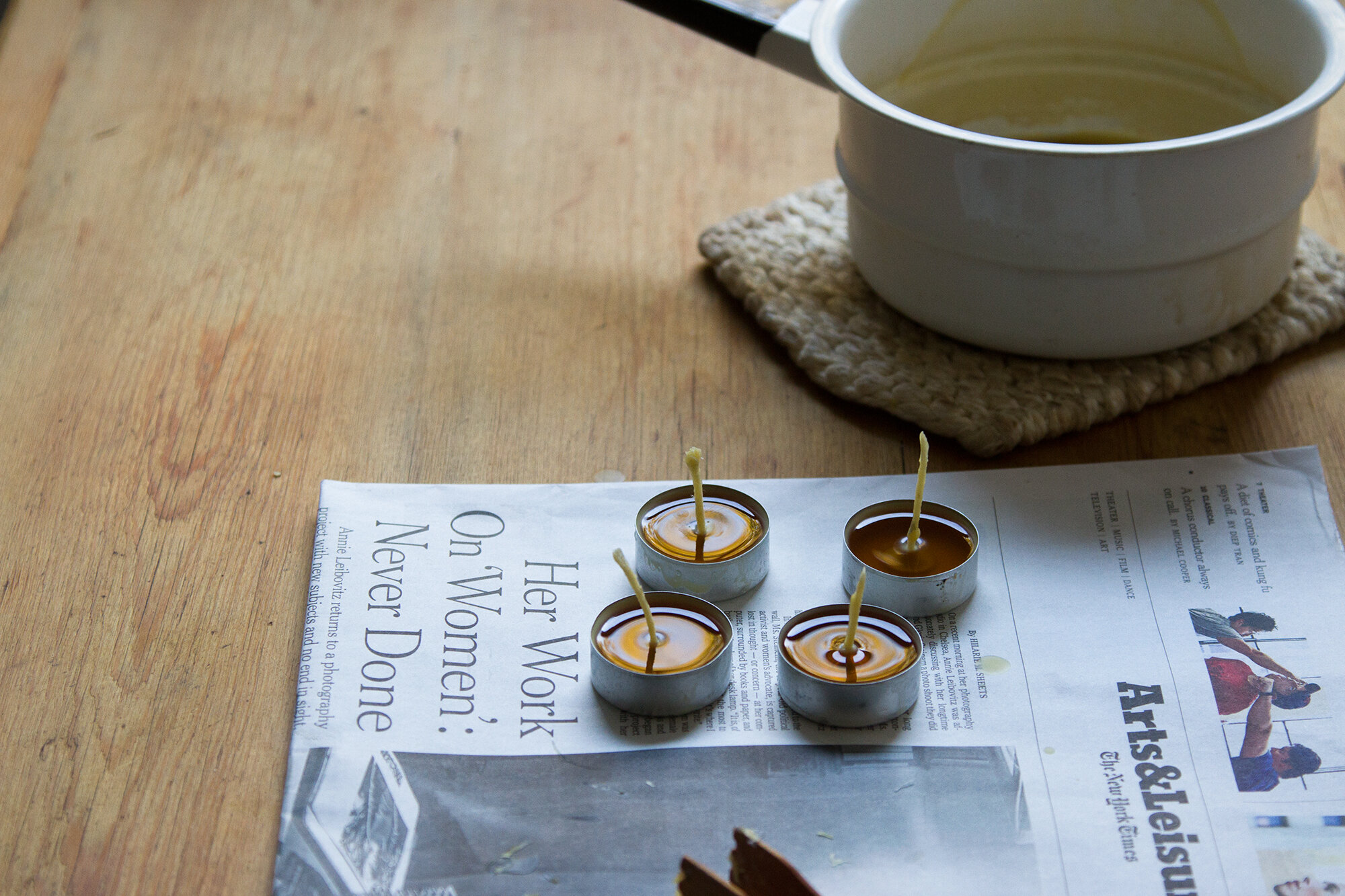 make your own beeswax candles | reading my tea leaves