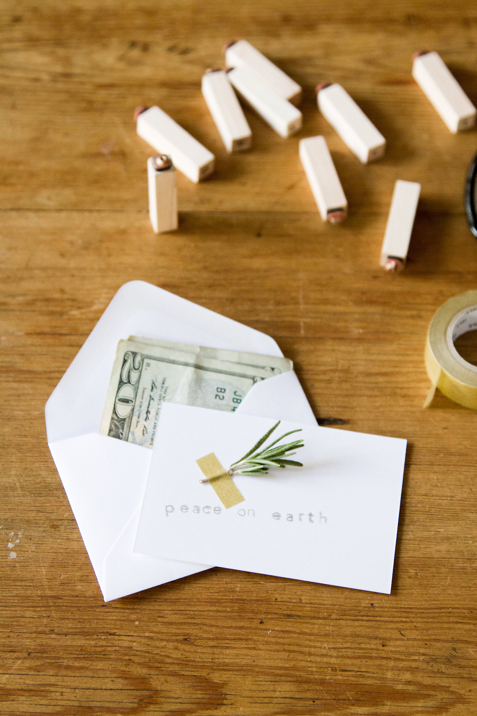 charitable_gifts_reading_my_tea_leaves_img_5794
