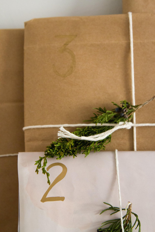christmas book advent calendar | reading my tea leaves