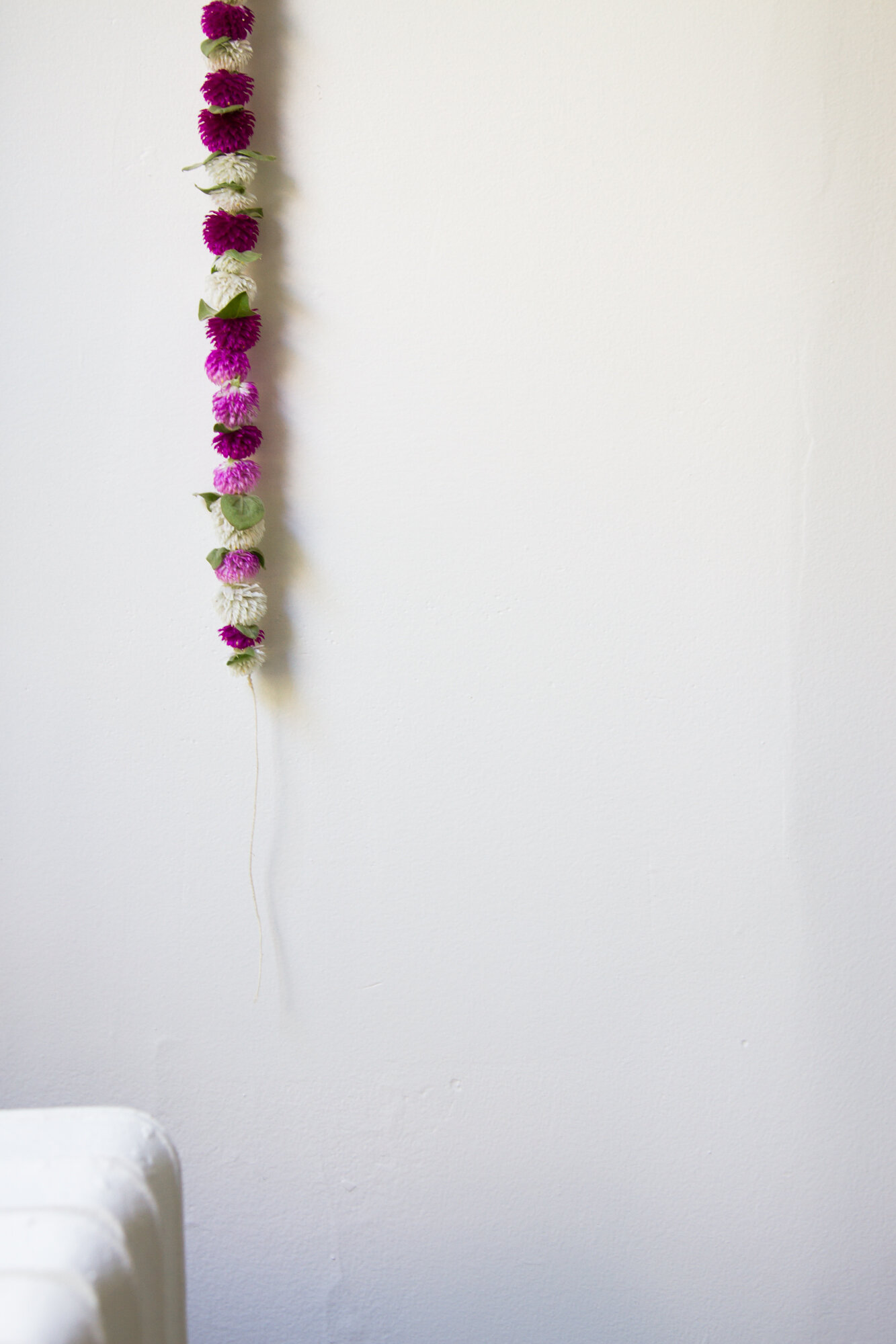 dried flower garland | zero-waste décor | reading my tea leaves